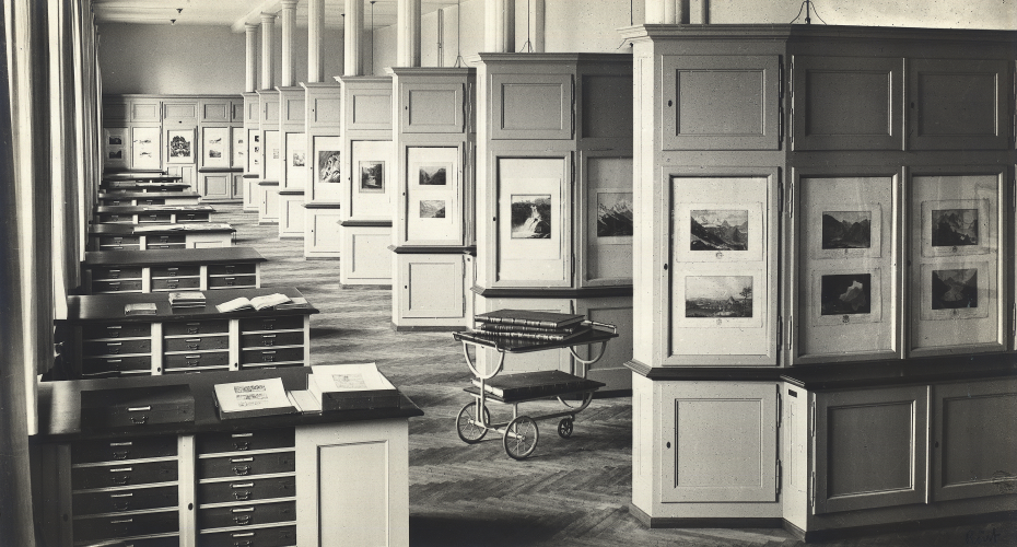Main depot of the Graphische Sammlung used as collection and exhibition space, 1924-1969. (Photography: ETH library)