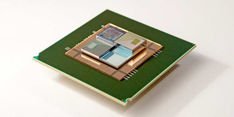 Three-dimensional chip stacks could be used in computers in the future. Integrated microscale flow batteries could both power and cool them. (Image: Courtesy IBM Research Zurich)
