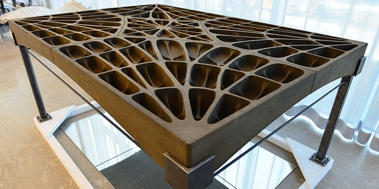 The construction of the unreinforced flooring, which is made up of individual slabs, takes its inspiration from Gothic cathedrals. (Image: Peter Rüegg / ETH Zurich)