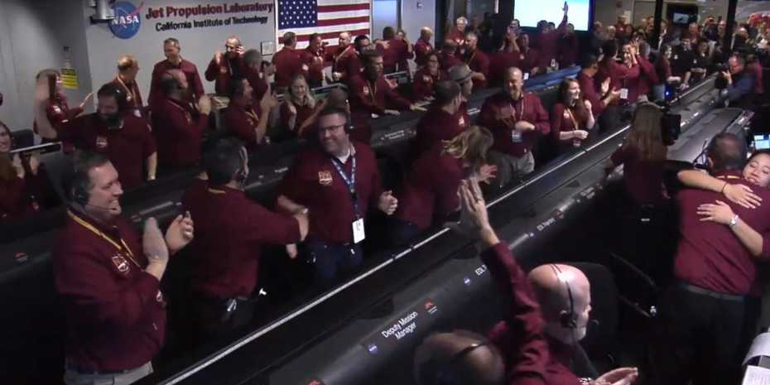 Cheering NASA InSight Team