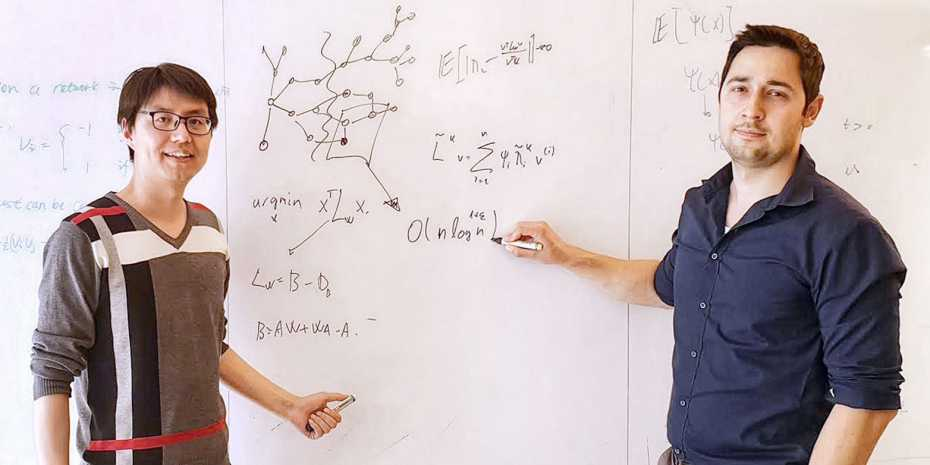 Xiao-Long Ren and Nino Antulov-Fantulin have developed a new method to contain problems in complex networks more efficiently. (Photo: ETH Zurich)